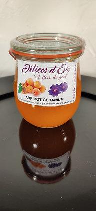 Abricot/fleurs de géranium