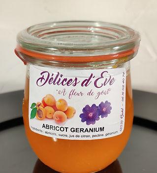 Abricot geranium_edited.jpg