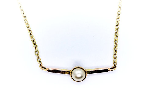 9ct Yellow Gold Necklace with half pearl