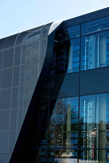 photo report/industrial architecture woehner electrical