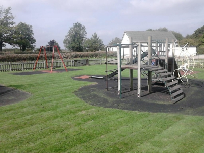 Playground Parks Grass Cut Ditton