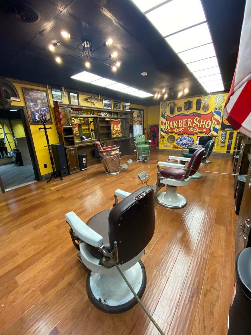 Aces & Eights barbershop