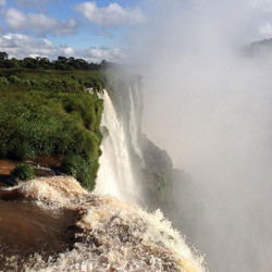 Not only can you catch the amazing sights if #Iguazufalls in #Iguazu #argentina but you can also cat