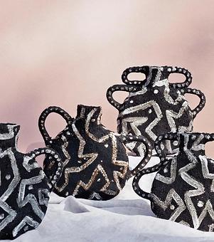 Talia Designer Maker. Black ceramics.