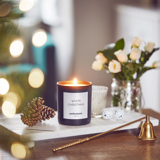 ambustum handmade Christmas candle
