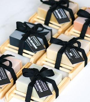 Evergreen Soap Company. Hand made vegan soap. Natural soap. Vegan soap gift set.
