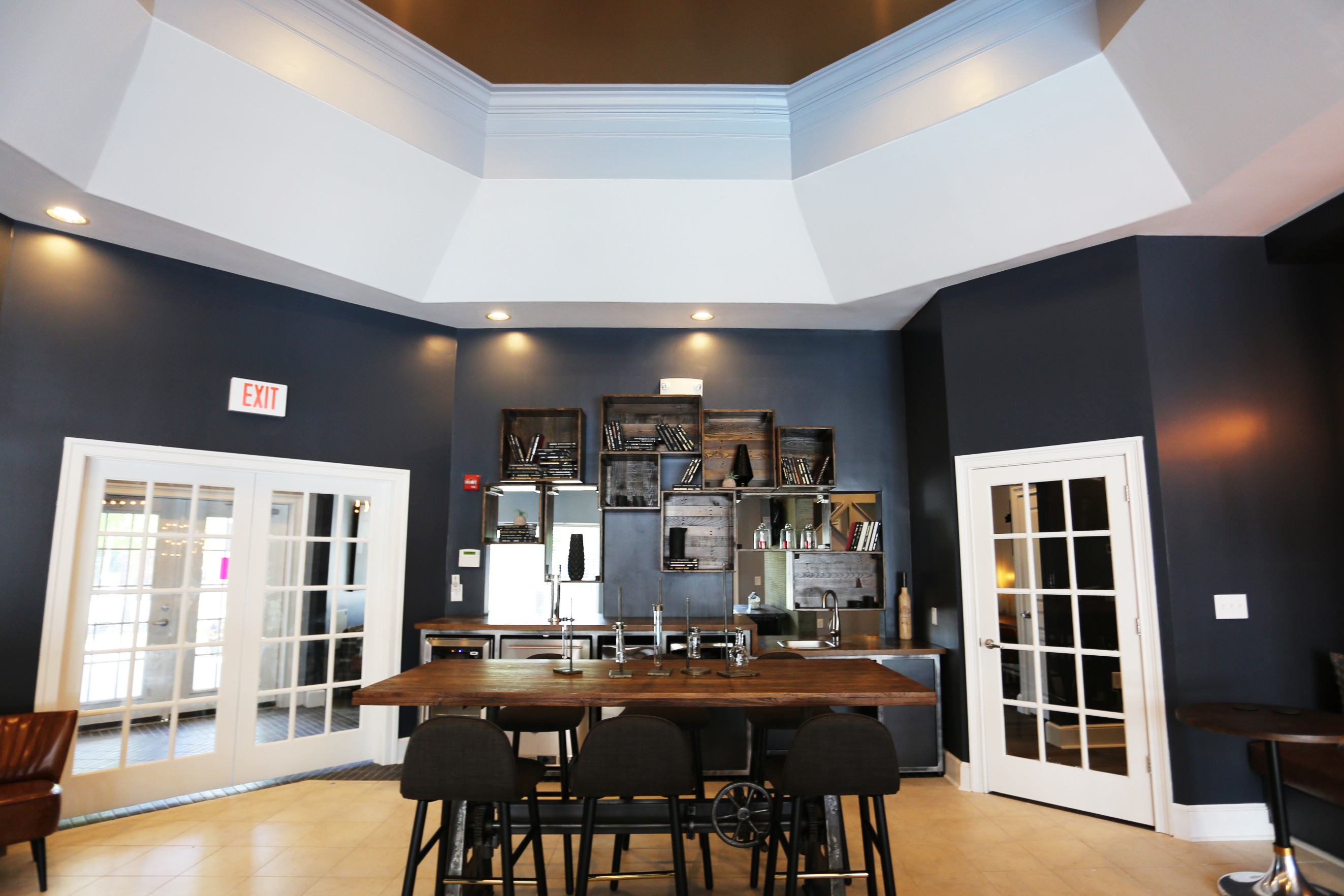 Clubhouse - Bar