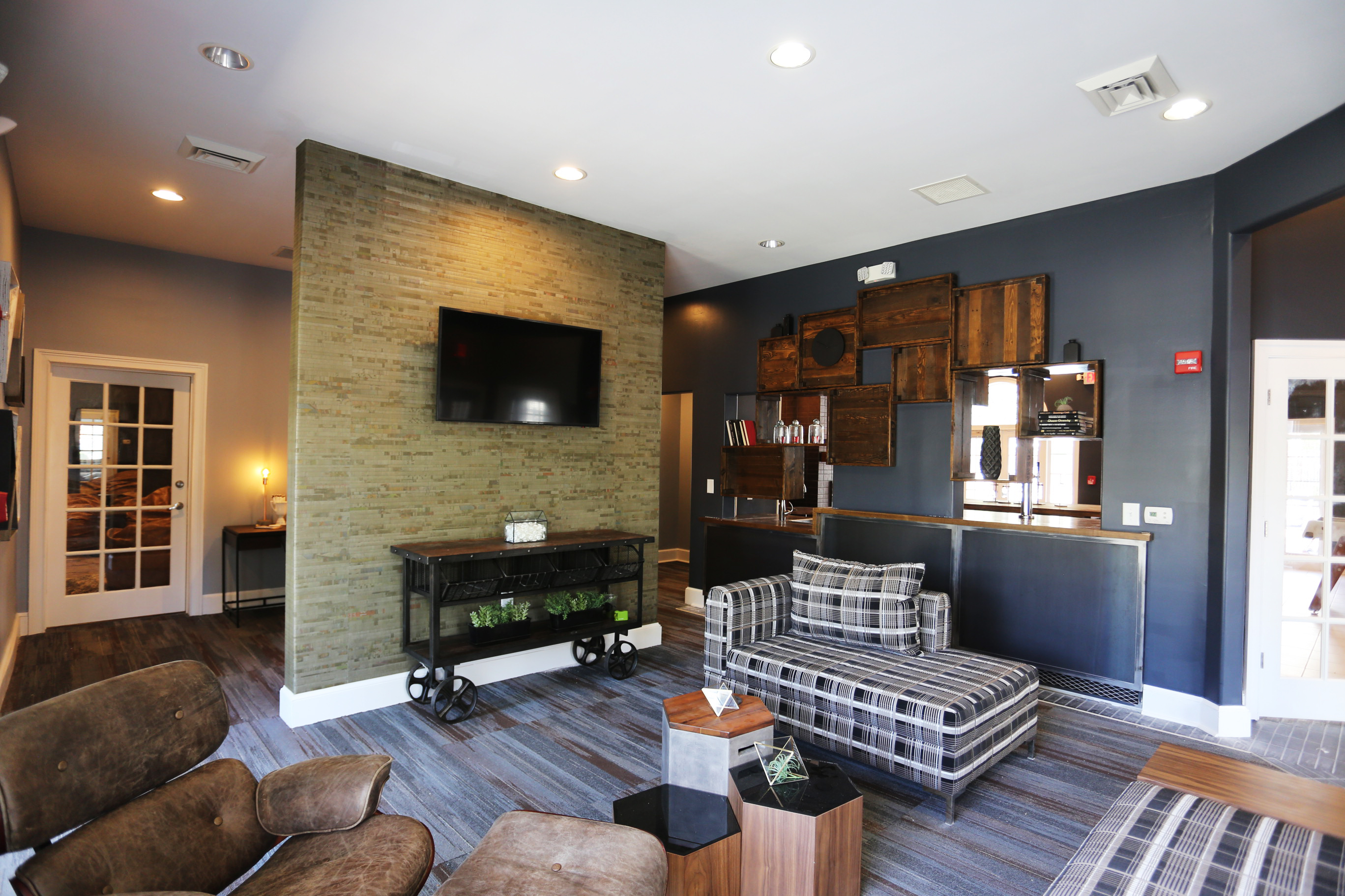 Clubhouse - Lounge2