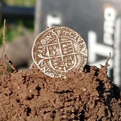 Today's An Elizabeth 1st silver hammered penny!  #silver #ATPro #treasure __garrett_metaldetectors__
