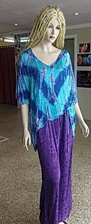 hippie outfit (2015_06_25 07_39_20 UTC).