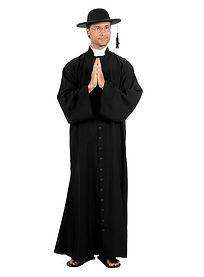 padre-costume--mw-112420-1.jpg