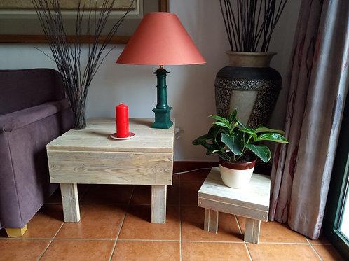 hoektafeltje of bijzet tafel