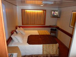 carnival-ecstasy-interior-cabin-carnival-ecstasy-ship-layout-lrg-d2468e7e29f7bcff