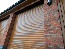 two-oak-garage-doors--400x300.jpg