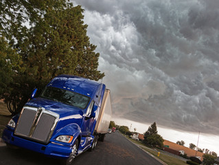 How to Find the Best Truck Driving Jobs