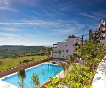 ona-valle-romano-view-over-pool-1600x133