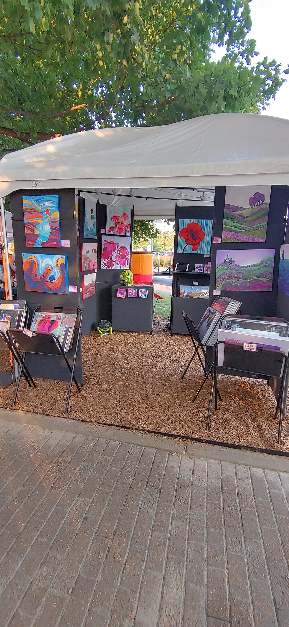 Lisa's booth at the Gazebo Park Artists Market