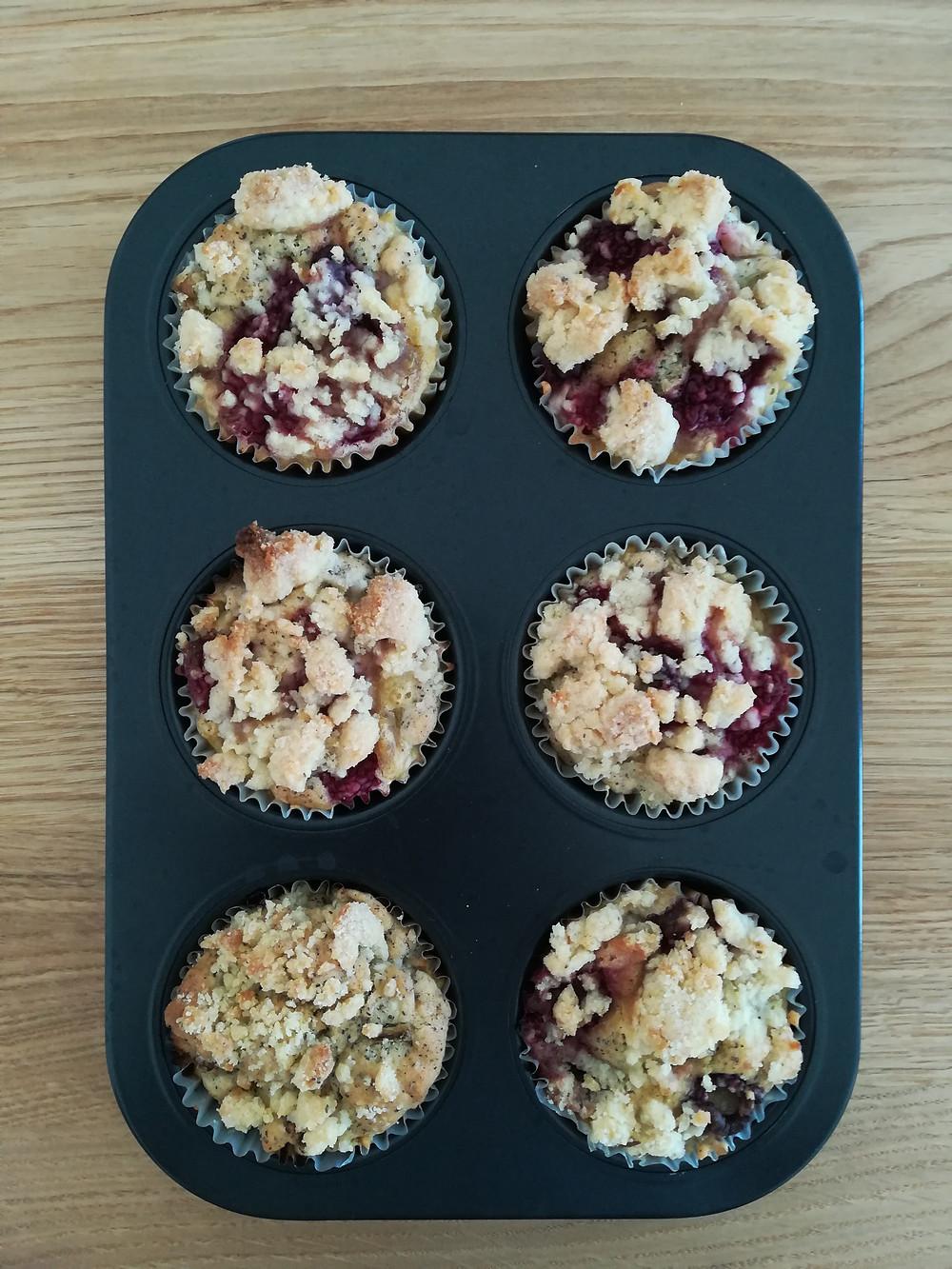 vegane Rhabarber-Himbeer-Mohn-Muffins