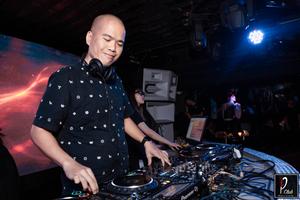 DJ Tùng NT