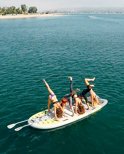 SUP Paddle Yoga - Konbini Suisse - Manon Voland