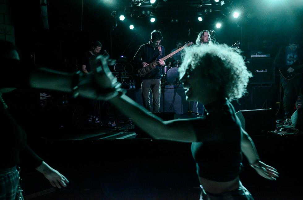 Hair dance, Blank Shore, Décembre 2019