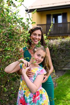 Katie & Family, Hidden, Avril 2020