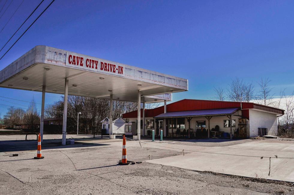Cave City Drive-In, The American Fallen Dream, Janvier 2017