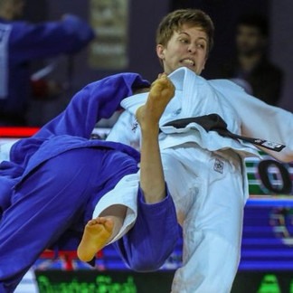 Giles leads the way at Antalya Grand Prix in Turkey