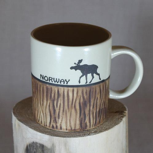 Norway Tree Stump with Moose Mug