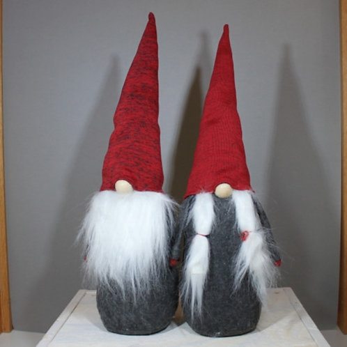 """Knitted Man & Lady Gnomes 22"""""""