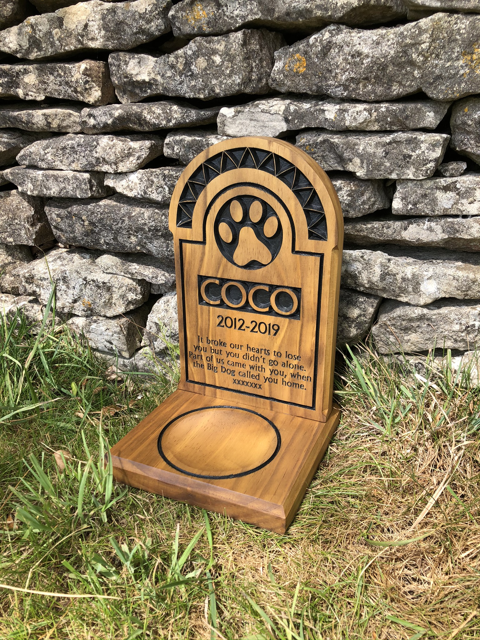 Pet Memorial - Modern Collection - Large Headstone