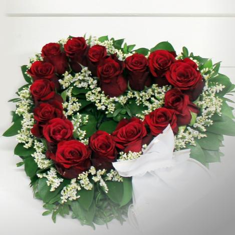 Åpen hjerte røde roser