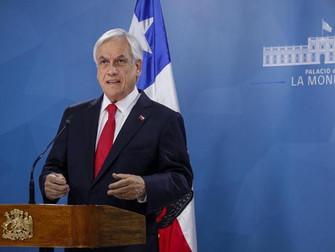 Pensiones, sueldo mínimo y reducción parlamentaria: Piñera entrega una serie de medidas en medio de