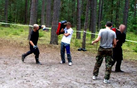 Obóz Fighting.jpg