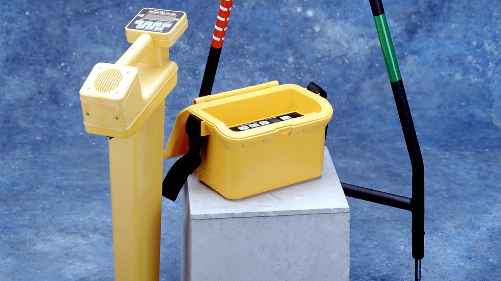 3M™ Dynatel ™ Pipe/Cable/Fault Locator 2273-U3T3