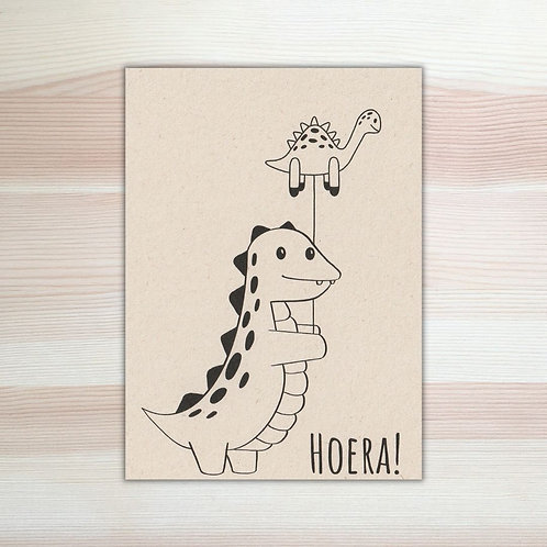 Verjaardagskaart met dino Lesja illustraties Breda