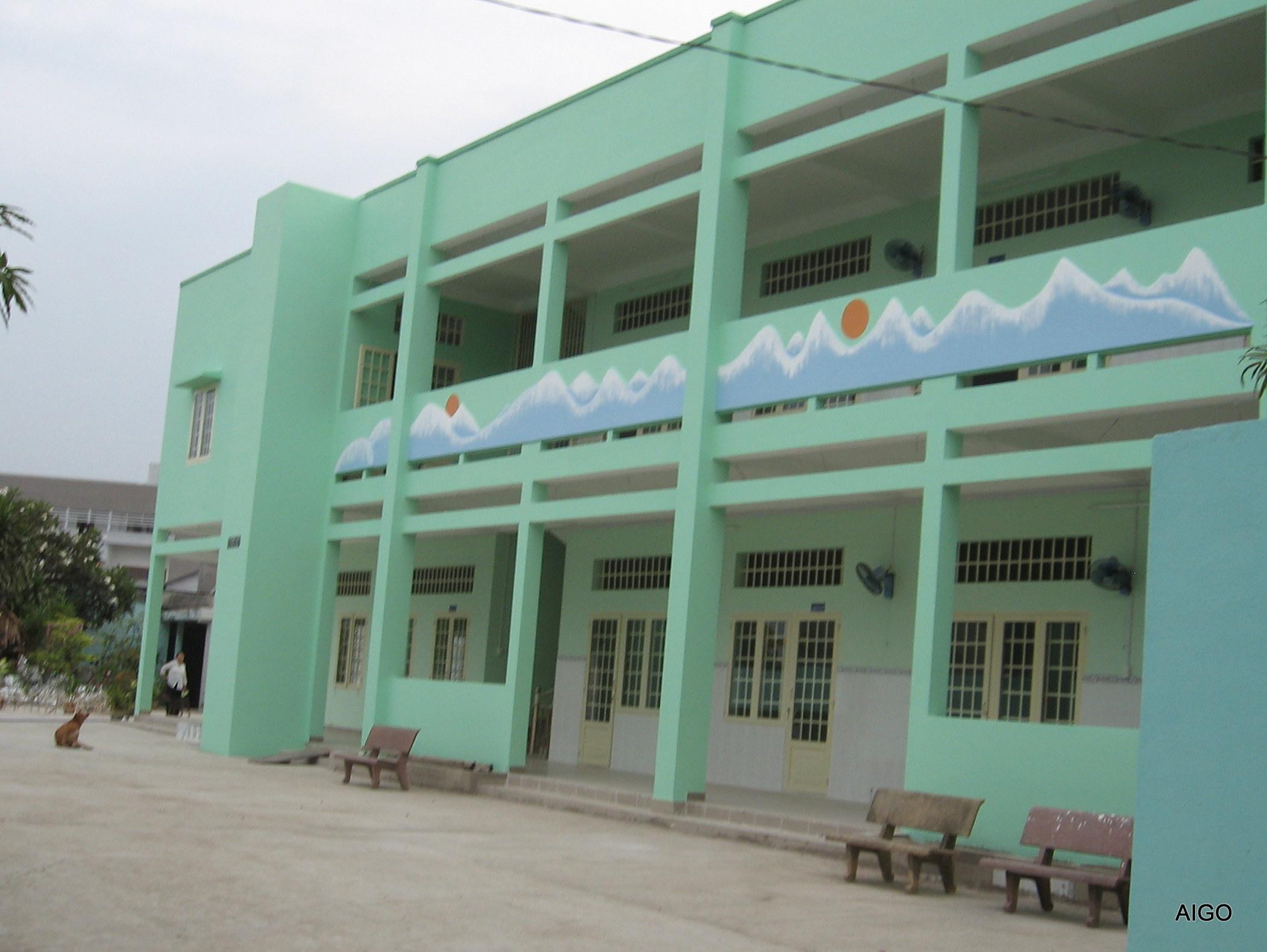 Bâtiment de 6 salles de classe