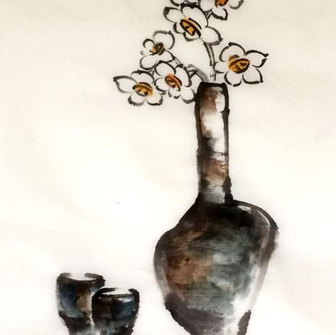 narcissi vase