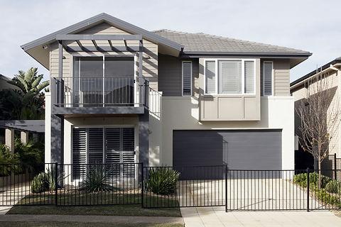 bigstock-Modern-Suburban-House-3940794.j