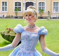 Prinzessin Cinderella buchenä