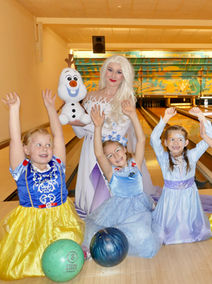 Bowling mit Eiskönigin Elsa
