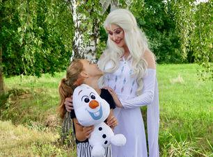 Eiskönigin Elsa zum Geburtstag buchen