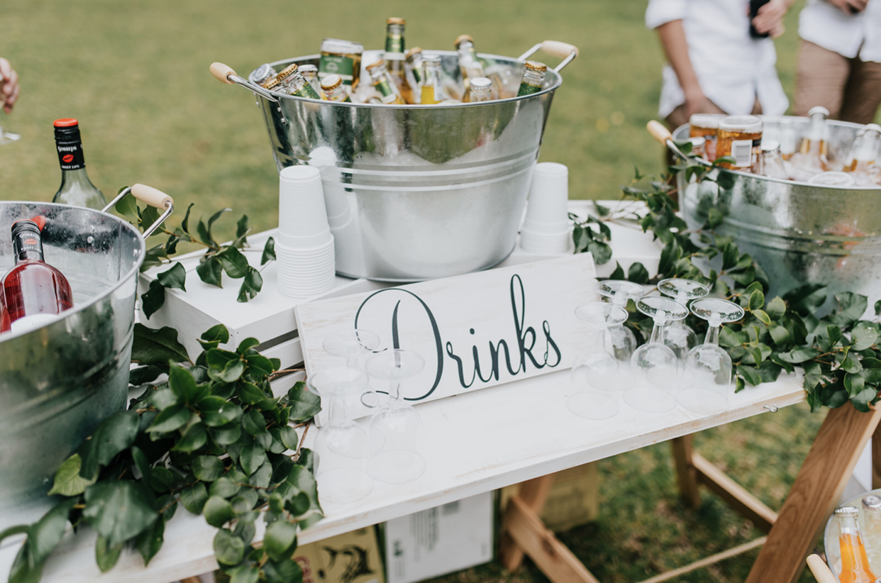 """""""Drinks"""" sign hire"""