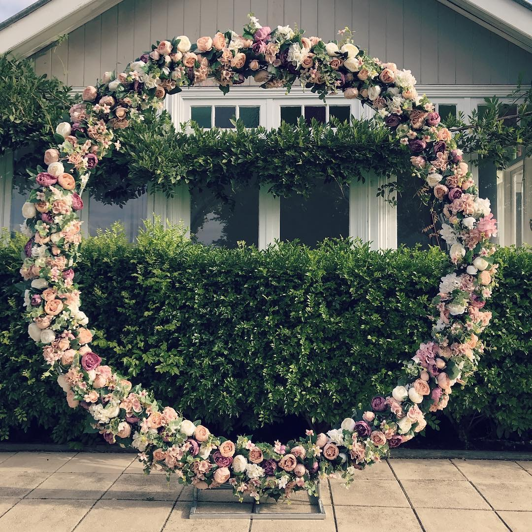 Round Floral Arbour