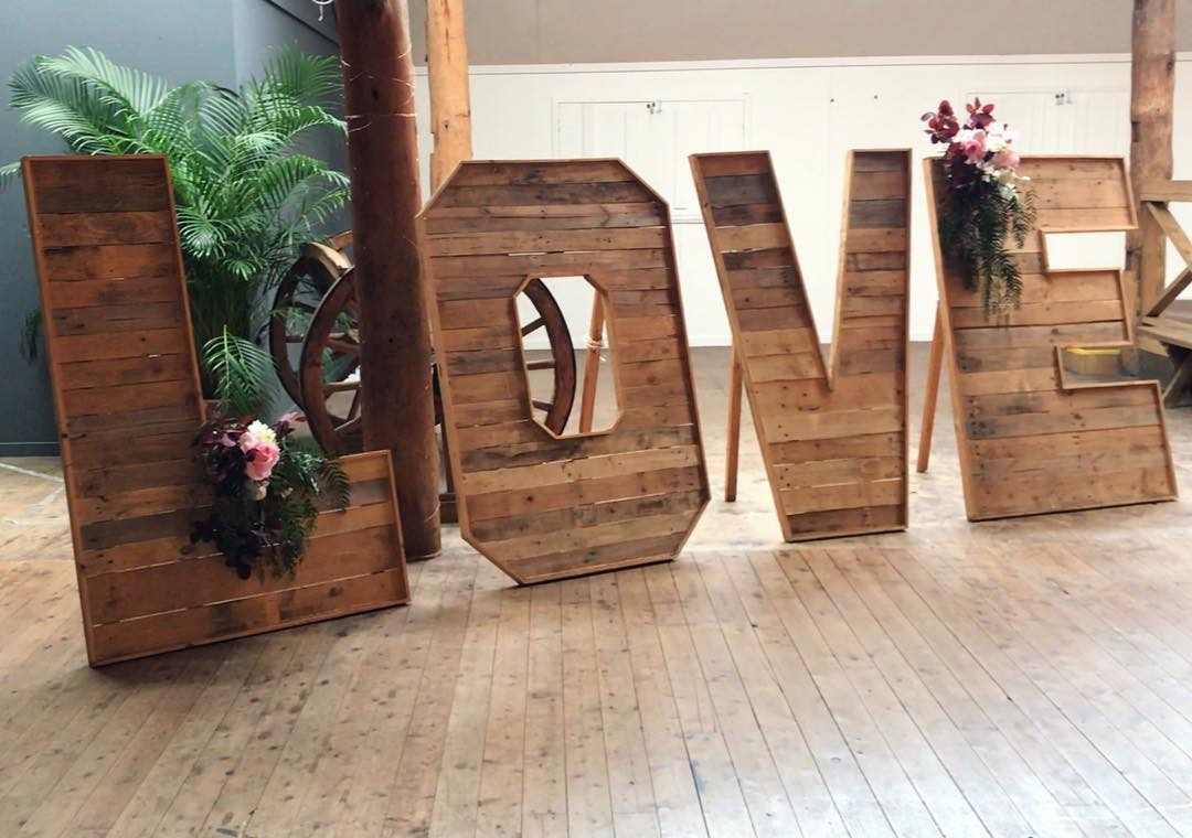 Large Timber LOVE Sign