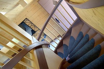 bengase_escalier_02-min.jpg