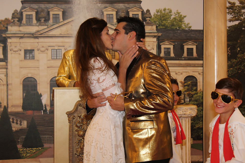 Elvis Vow Renewal