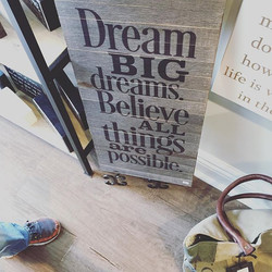 I got a little #mondaymotivation while shopping for Mother's Day gifts at _lilyandkategifts in Ramse