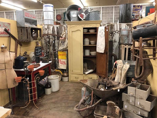 ANTIQUING 101 - HOW TO SCORE THAT SPECIAL PIECE