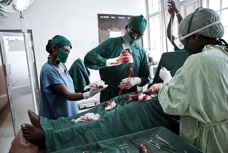 2_BLOOP_BASIC_ Surgery.jpg